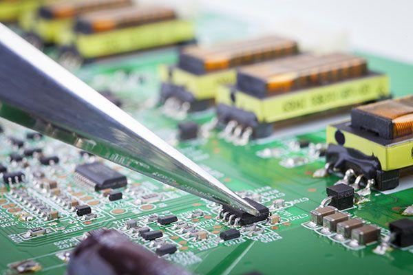 SLC 500 Allen Bradley: ricambi di PLC e Software e prodotti ricondizionati