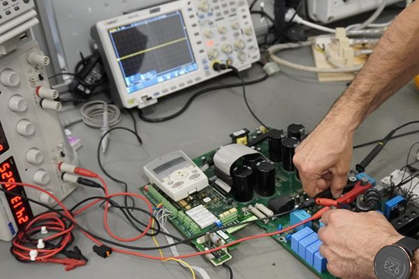 Renovis is specialized in repairing obsolete industrial automation parts