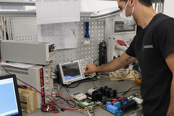 Renovis è specializzata nella riparazione di parti d'automazione industriale obsolete