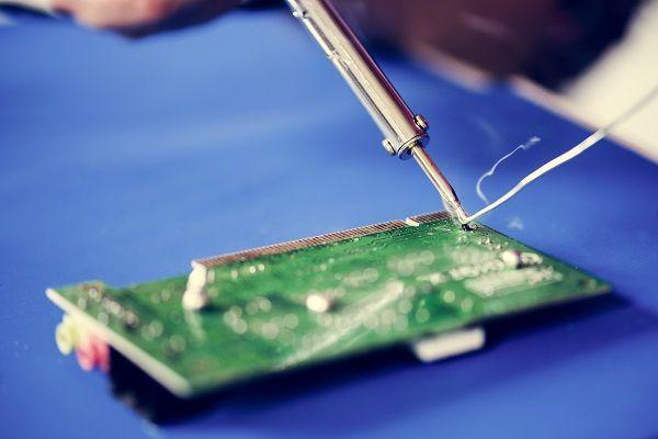 Riparazione di macchine industriali: cosa significa investire sulla riparazione