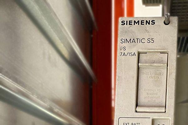 Fine ciclo vita per Simatic S5, Renovis supporta riparazioni e forniture